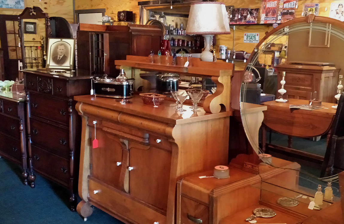 Antiques Roadhouse Indian River Michigan