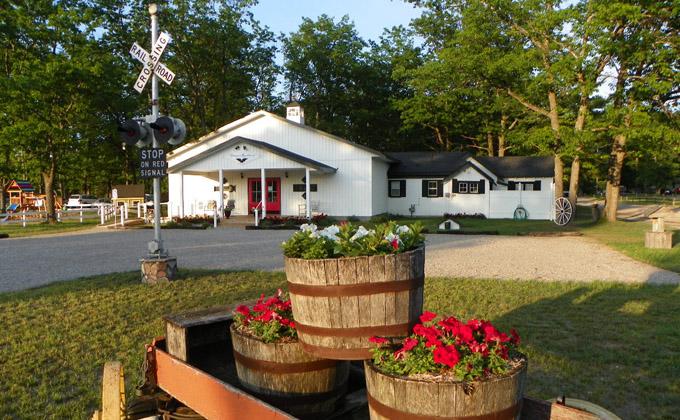 Antiques Roadhouse Indian River Michigan Antique Shop